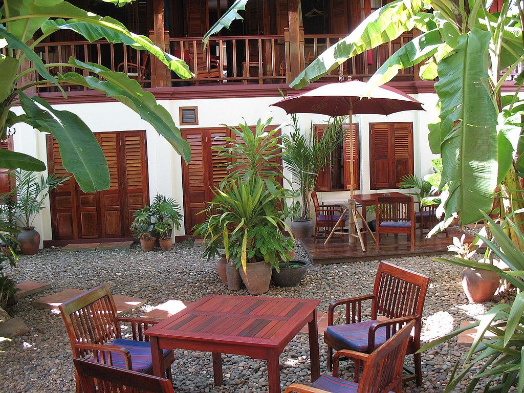 Lotus Villa Hotel in Luang Prabong