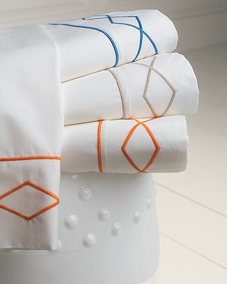 Steal of the Day: Williams-Sonoma Link Embroidery Sheet Set