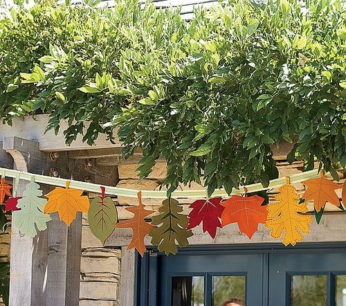 Steal of the Day: Pottery Barn Kids Thanksgiving Leaf Garland