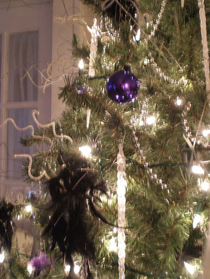 "MissyP writes, ""I like to decorate with purple during advent season! It's a girly-girl's guide to starting your own traditions . . . pink, purple, and sparkle!"""