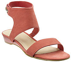 Fab Finger Discount: Nine West Evaleen Sandal