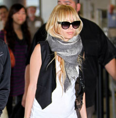 Photos of Nicole Richie at LAX