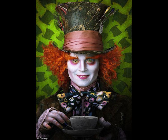 New Images From Tim Burton's Alice in Wonderland!