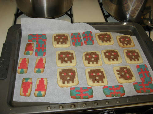 Edible Geek: How to Make Pixel Cookies
