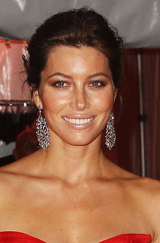 Jessica Biel's Hair and Makeup at the Met's Costume Institute Gala