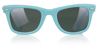Trend Alert: Coloured Wayfarers