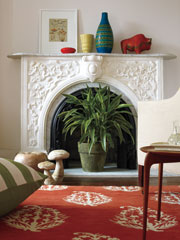 5 Ways to Decorate a Non-Working Fireplace