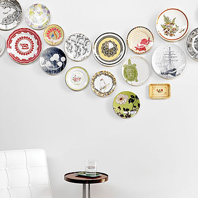 Sunset helps you turn your cute plates into a fun art display.