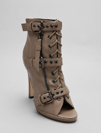 DOLCE VITA Vince Sandal in Taupe at Revolve Clothing - Free Shipping!