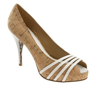 Betsey Johnson 'Jordan' Pump: Love It or Hate It?