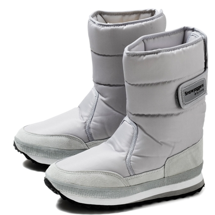 Fab Flash: Are Snowjoggers the New Uggs?