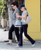 RWITHERSPOON072107_10