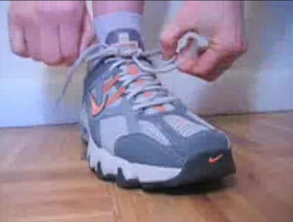 Running Tip: How to Tie Your Shoes