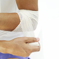 Use an Elastic Bandage to Wrap Injured Joints
