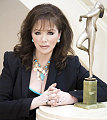 Jackie Collins Loves Gadgets, Hates When They Aren&#039;t Set Up