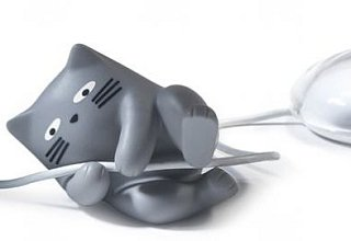 Is Your Mouse Lonely? It Get It A Cat Cable