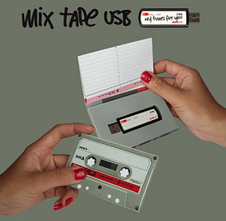 Tech News Roundup - Retro Baby: Mix Tape USB