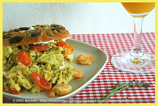 Yummy Link: Garlic Shrimp and Eggs on Toasted Bagels