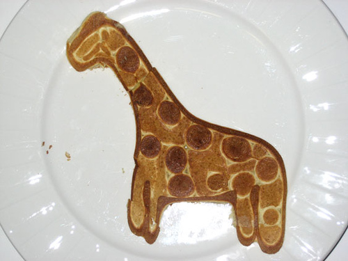Yummy Link: Shaped Pancakes