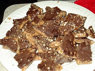 Reader Recipe: Homemade Almond Roca