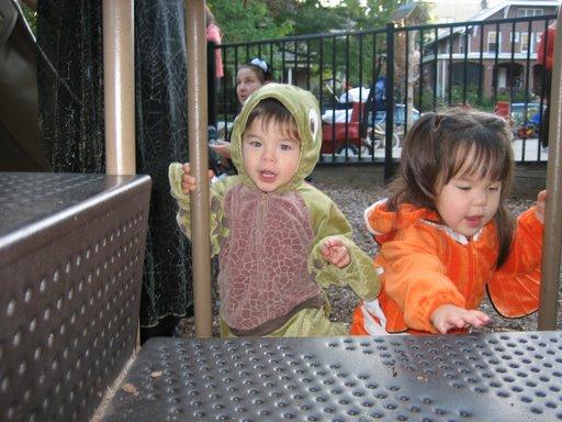 Alex and Sasha--twin crazies!