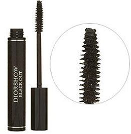 Makeup Review: Dior DiorShow Black Out Mascara