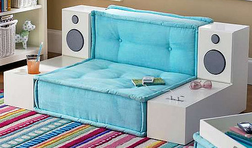 Cushy Speaker Console: Geeky or Geek Chic?