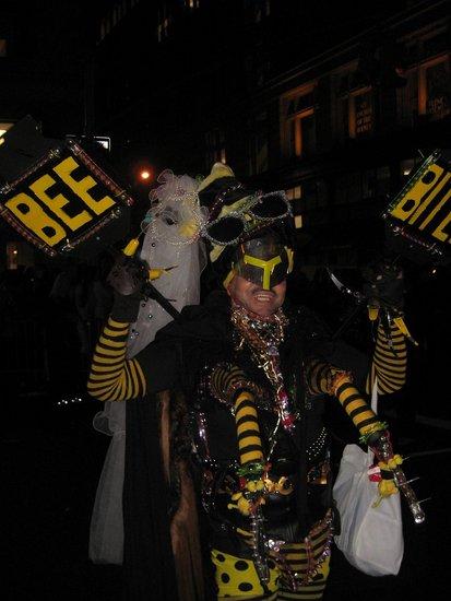 Bee B!tch!?!