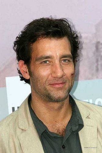 "Clive Owen is ""bloody"" sexy."
