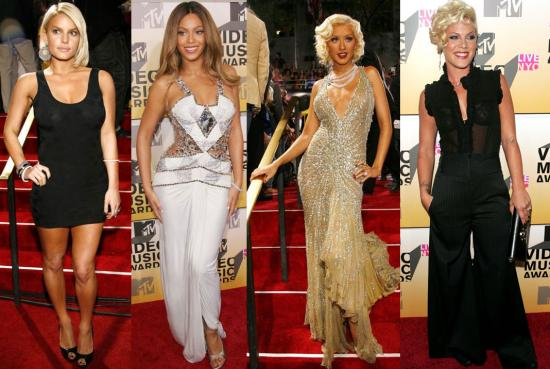 The Ladies Arrive at the VMAs