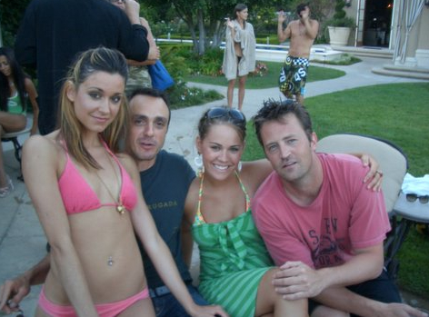 Celebrity Sighting of The Day: Pool Party With Some FRIENDS