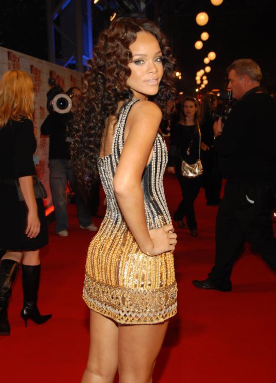 Rihanna_Mazur_11196872_Max