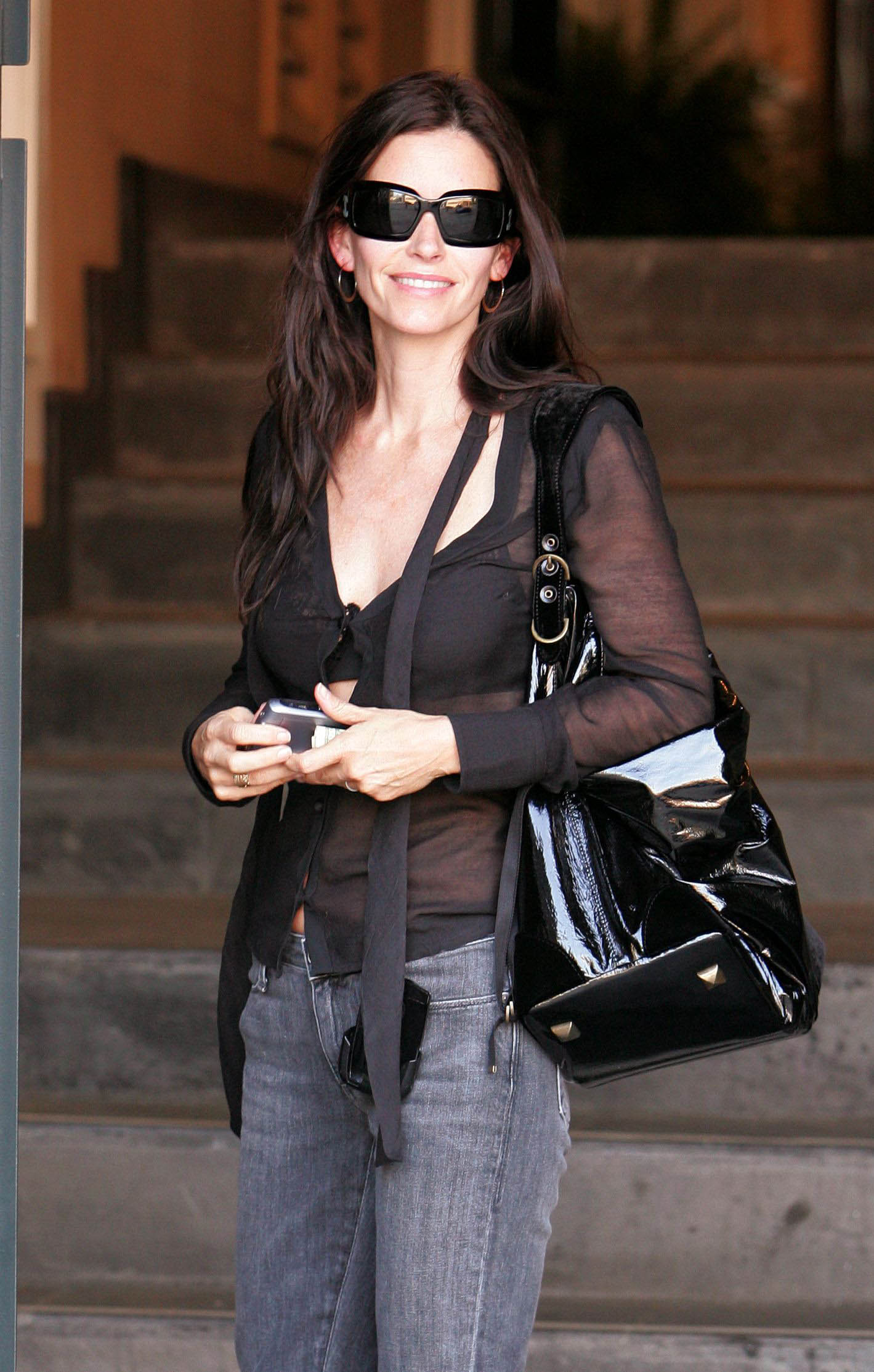 69783_Courteney_Cox_004_122_440lo