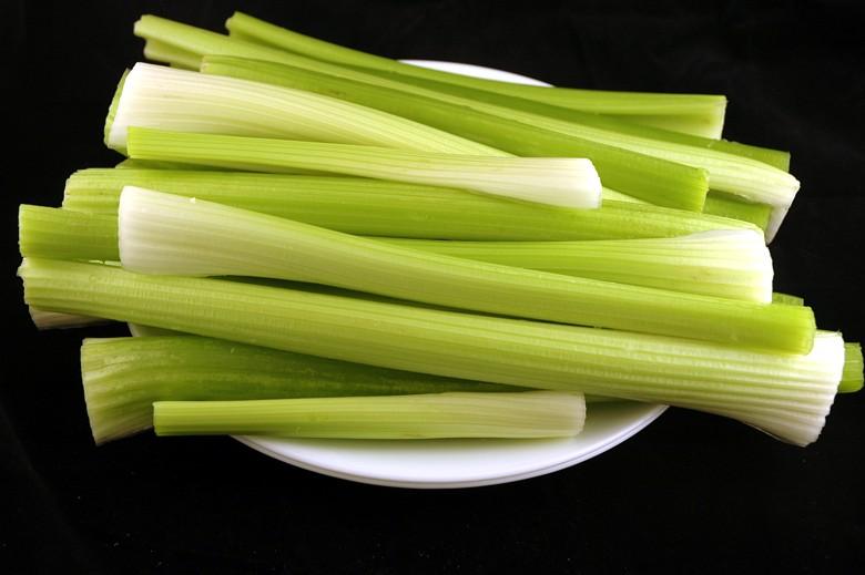calories-in-celery