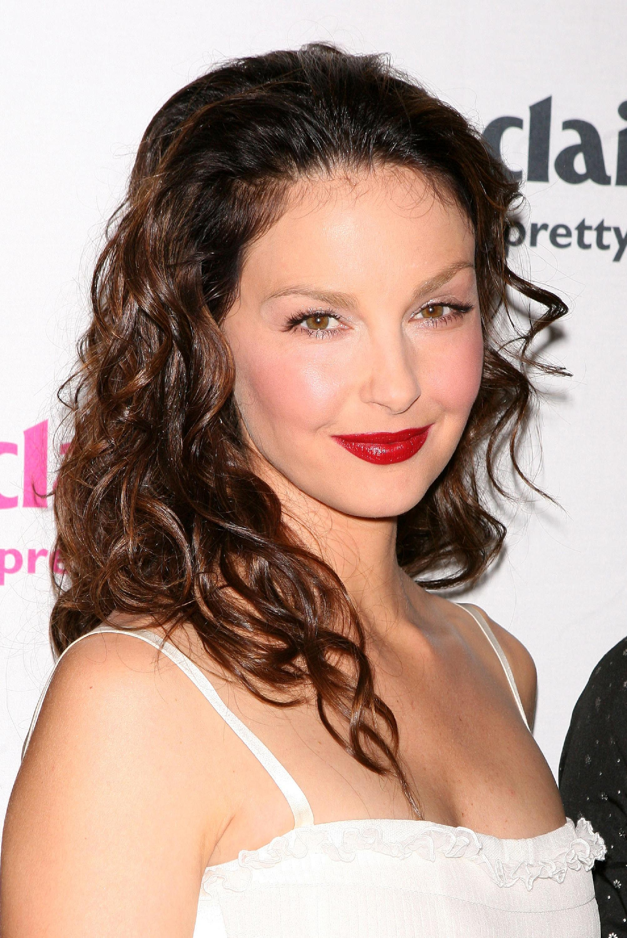 ashley_judd_03_wenn965348