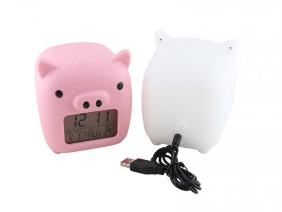 Totally Geeky or Geek Chic? Piggy USB Clock