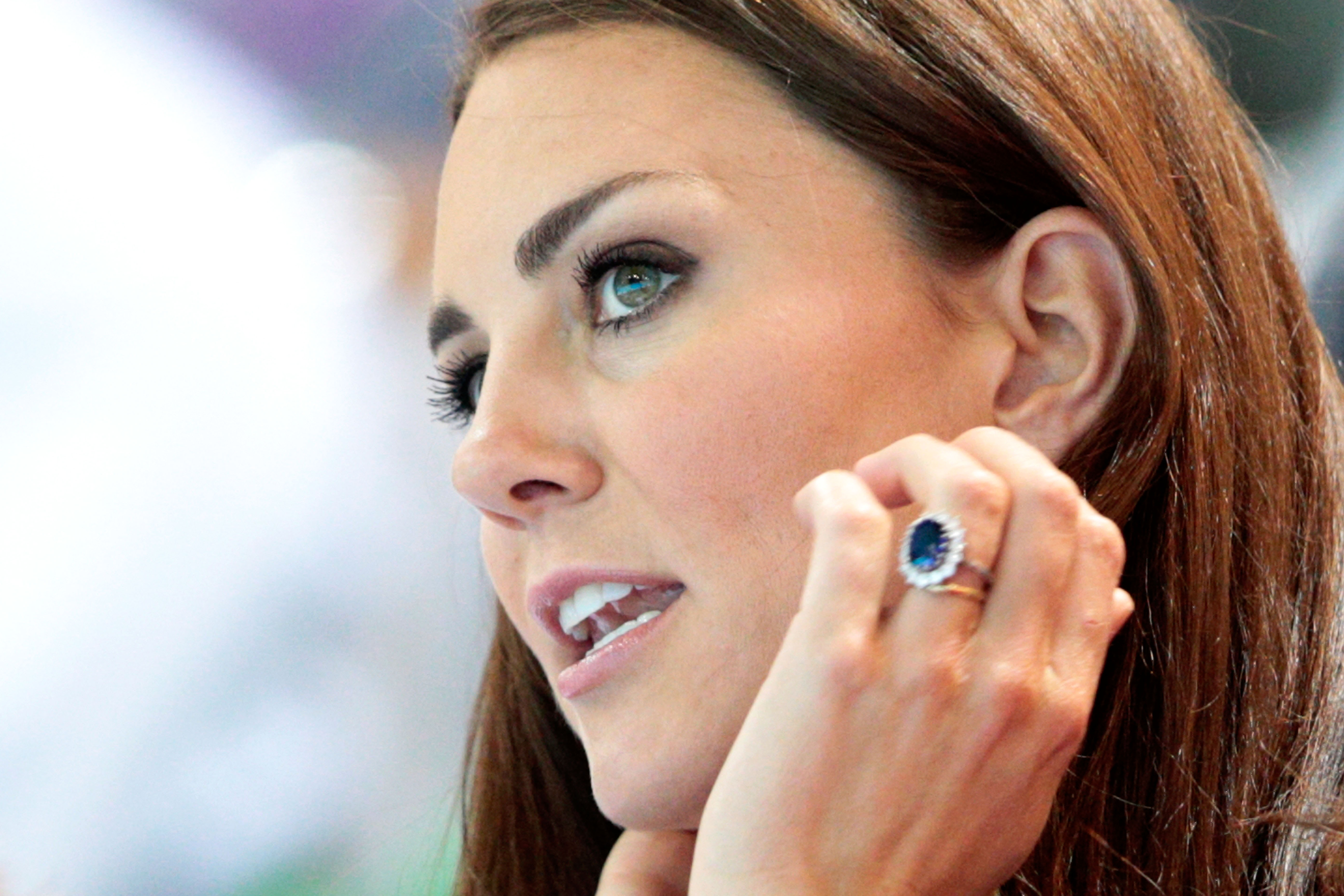 pare meghan markle and kate middleton s enement announcements large size of wedding rings keira knightley enement ring carat princess - Princess Kate Wedding Ring