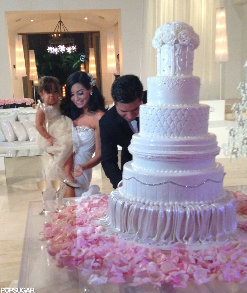 mario lopez wedding cake buddy mario and mazza s wedding pictures 17152